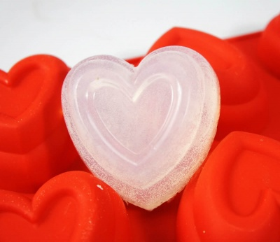 6 cell Deep Tiered Heart Silicone Mould (Red Colour) - 125mls