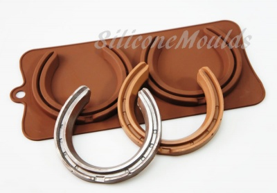 2 cell Lifesize Horse Shoes - Silicone Chocolate Mould - Wedding / Engagement
