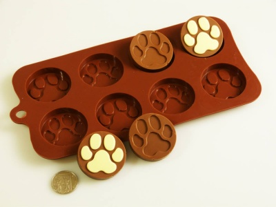 8 cell Paws / Pawprint Chocolate Collection Silicone Bakeware Mould