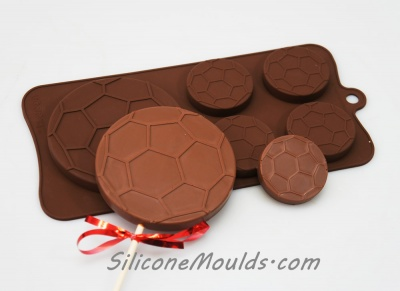 4+1 Soccer Ball / Football - Novelty Silicone Chocolate Mould