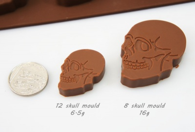 8 cell Large Skull Novelty Retro Silicone Chocolate / Candy Mould