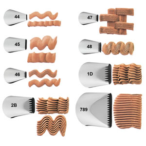 Wilton Basket Weave Tip #47 - Icing / Piping Nozzle Tube - Cake Decorating