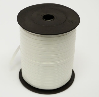 WHITE Curling Ribbon - 5mm wide 500 metres - Perfect for Gift Wrapping Presents