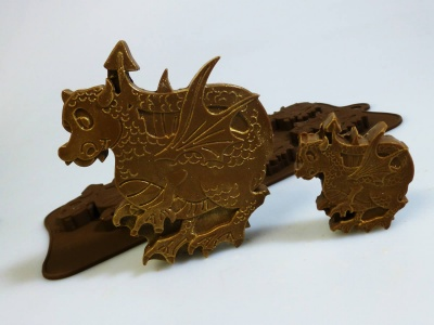 4 + 1 Dragon Chocolate / Candy Silicone Baking Mould
