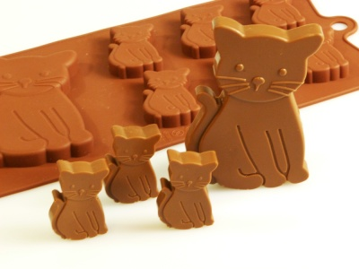 6+1 Cat / Kittens - Silicone Chocolate Baking Mould - Farm Animals