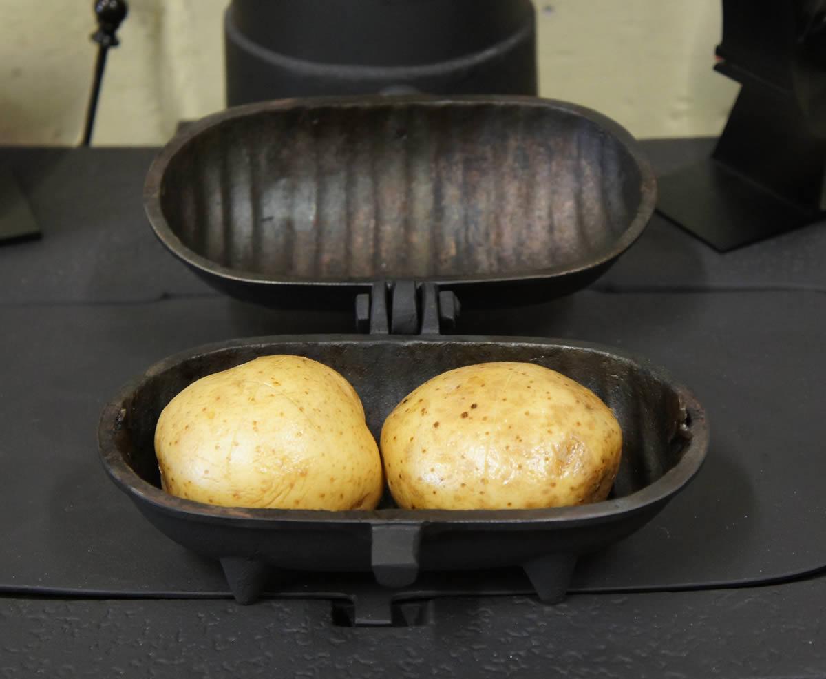 Std Size Cast Iron Baked Potato Cooker Holds 2 Potatoes
