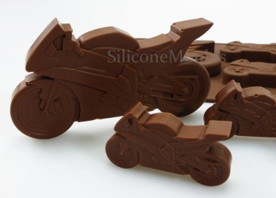 4+1 Motorbike Lolly / Novelty Chocolate Bar Silicone Mould