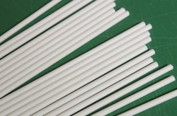 Pack of 20 x 150mm long / 6 inch plastic (round) lolly sticks for chocolate lollies